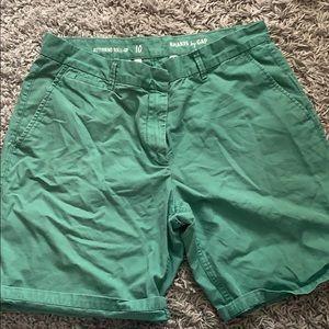 Gap Boyfriend Khaki Shorts Size 10